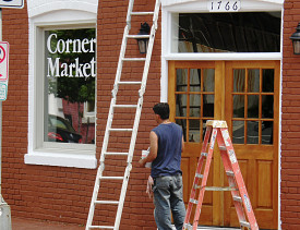 For smaller trim painting projects, you might be able to get free or discount paint. (Photo: Kevin Rosseel/morguefile.com)